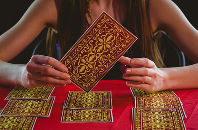Irish tarot reader